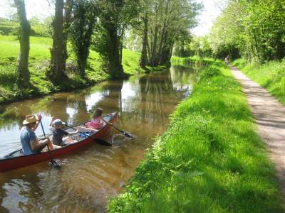 Ty Newydd Canoe